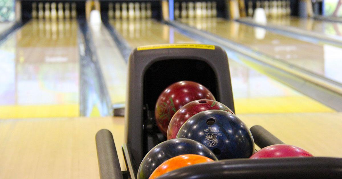 St. Clair bowling